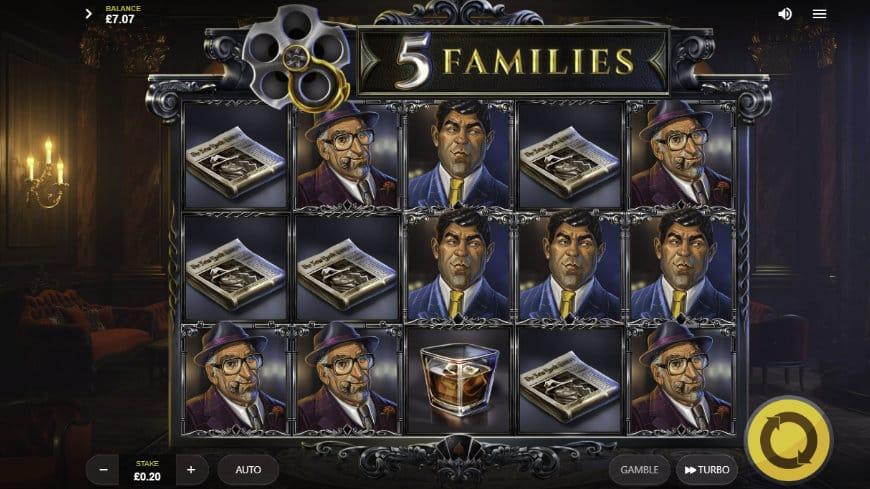 5 Families Slot Reels